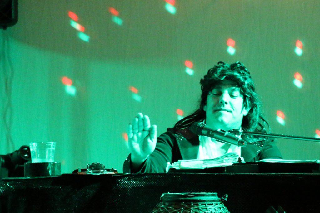 Spin that hit DJ!